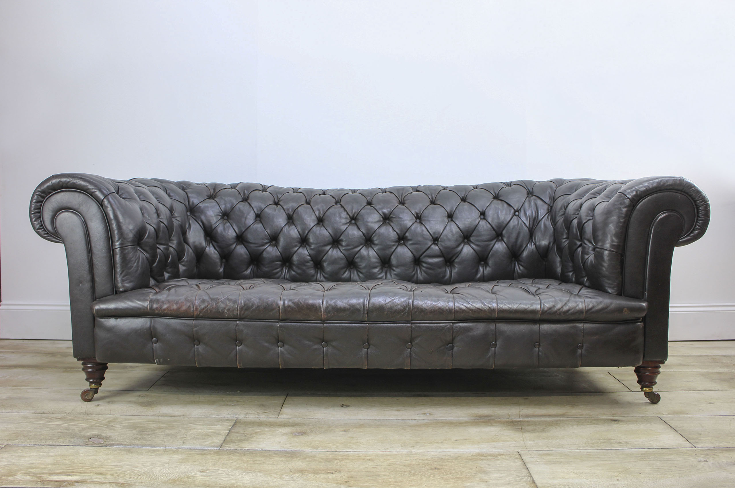 Superb Antique Leather Chesterfield Sofa By Hampton Sons Pall Download Free Architecture Designs Aeocymadebymaigaardcom