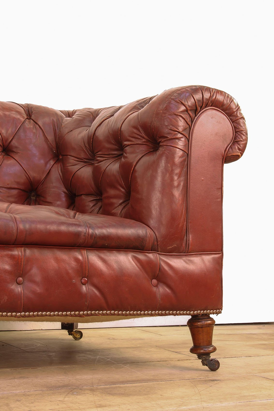 Victorian Red Leather Chesterfield Sofa Cooling Cooling
