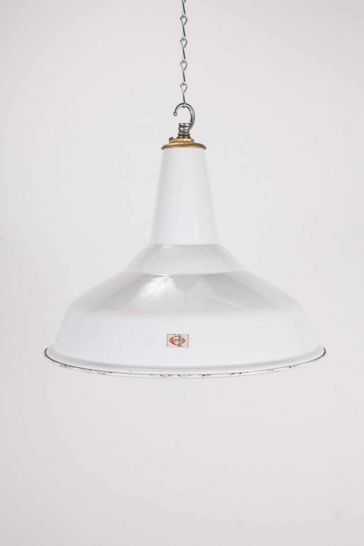 "18"" Industrial White Pendant Lights By Benjamin - Cooling & Cooling"
