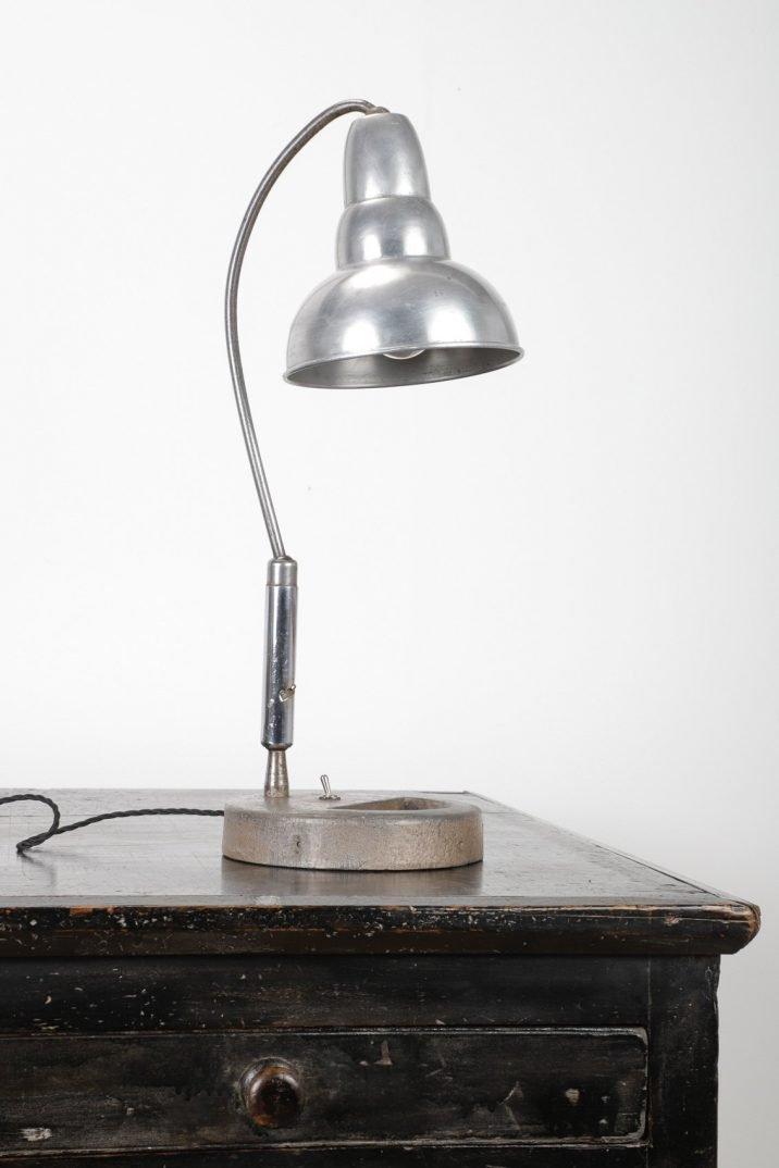 INDUSTRIAL DESK LAMP - COOLING & COOLING