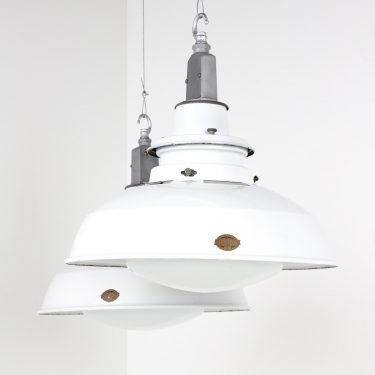 Large Industrial Enamel Diffused Lights By Thorlux - Cooling & Cooling