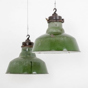 Large Wardle Industrial Pendant Light - Cooling & Cooling