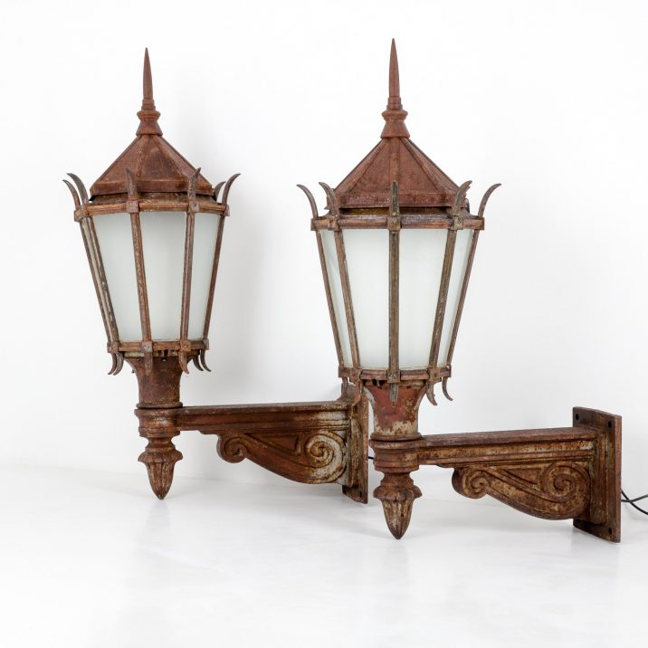 Large Antique Cast Iron Wall Lanterns By G.E.C. - Cooling & Cooling