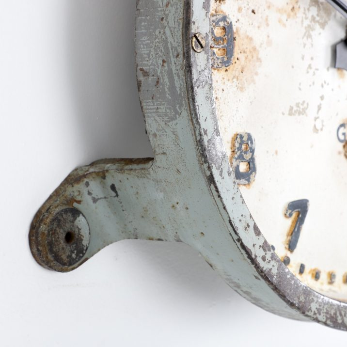 GENTS OF LEICESTER CAST IRON STATION CLOCK- COOLING & COOLING