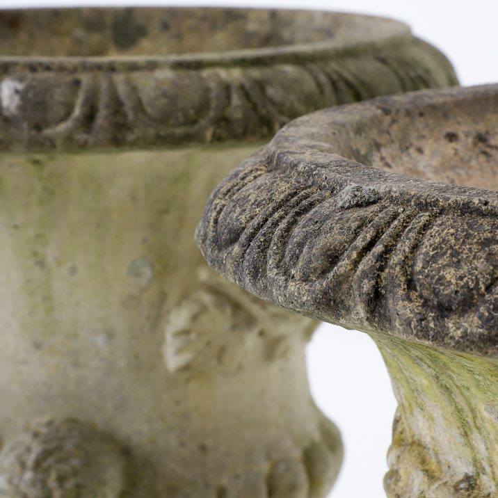 Pair Of Large English Sandford Stone Urns - Cooling & Cooling