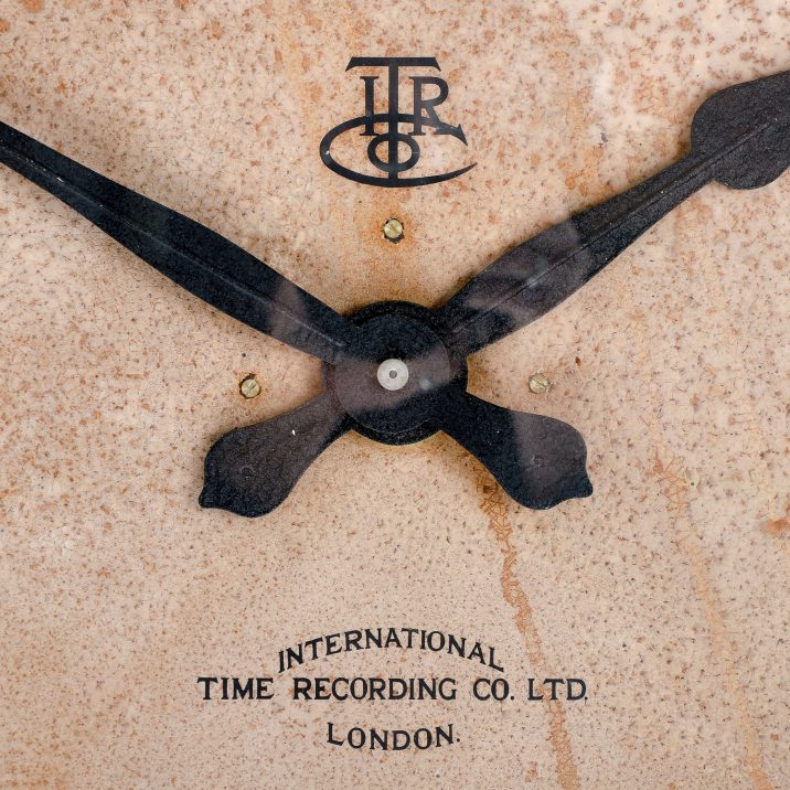 "LARGE 28"" COPPER INTERNATIONAL TIME RECORDINGS WALL CLOCK - COOLING & COOLING"