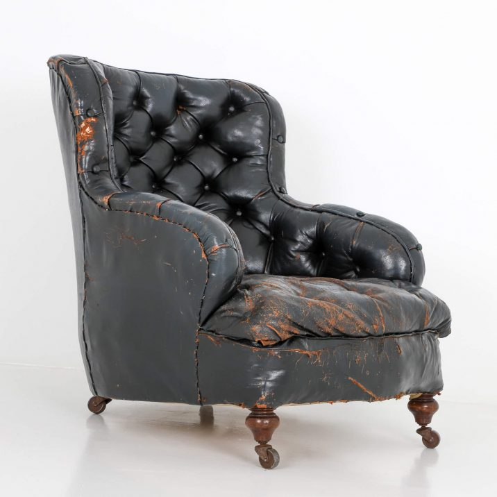 Antique French Button Back Leather Armchair - Cooling & Cooling