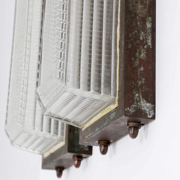 Holophane Lantern Wall Lights - Cooling & Cooling