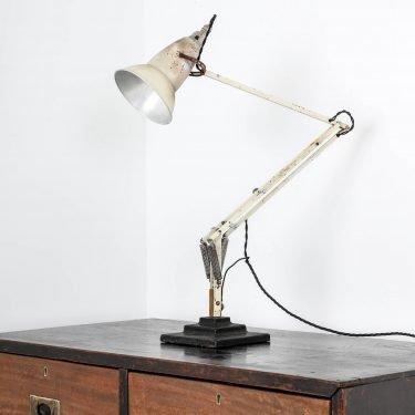 WHITE 3 STEP HERBERT TERRY ANGLEPOISE LAMP 1