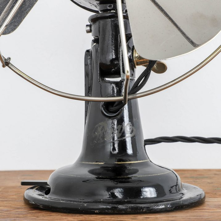 1930S DESK FAN BY REVO 5 Cooling & Cooling