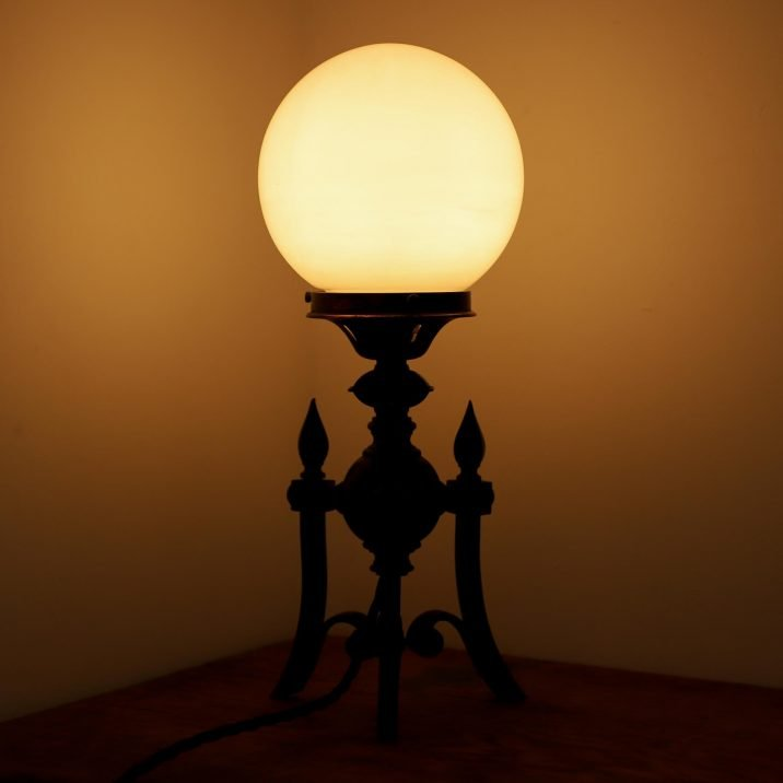 ANTIQUE GOTHIC TABLE LAMP 5 Cooling & Cooling