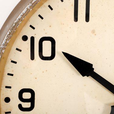 large gents wall clock