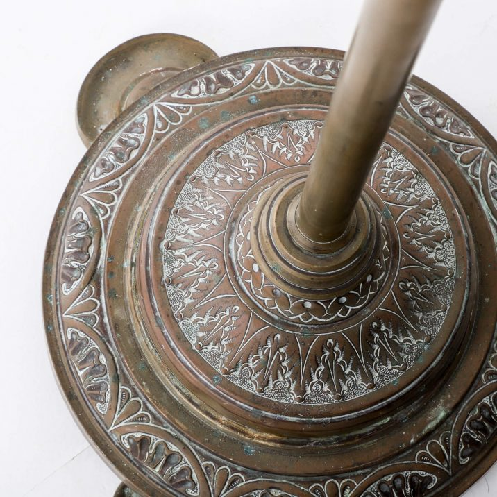 DECORATIVE BRASS FLOOR LAMP 4 Cooling & Cooling