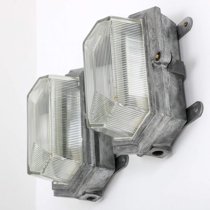 ART DECO INDUSTRIAL BULKHEAD LIGHTS BY MAXLUME 6 Cooling & Cooling