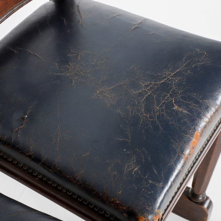 19th CENTURY CEREMONIAL CHAIRS 11 Cooling & Cooling