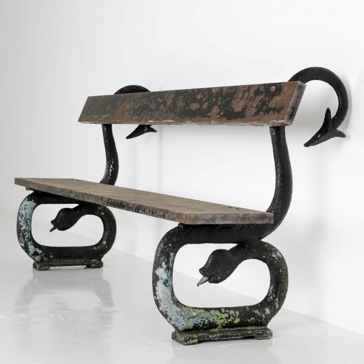 VICTORIAN SERPENT BENCH 1 Cooling & Cooling