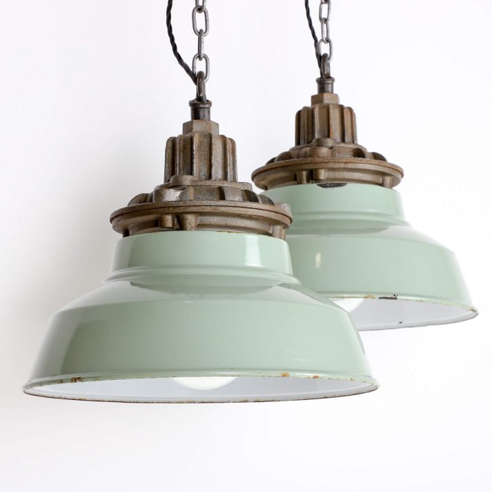 INDUSTRIAL DUCKEGG PENDANT LIGHS BY MAXLUME 8 Cooling & Cooling