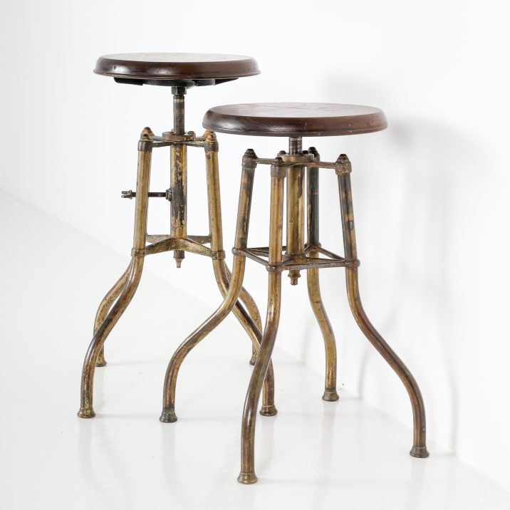 VINTAGE BRASS PIANO STOOLS 11 Cooling & Cooling