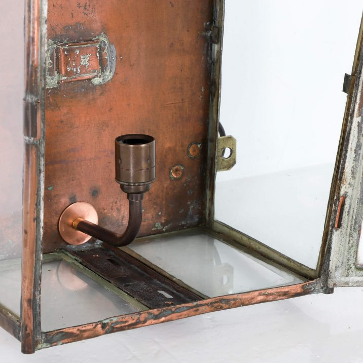 LARGE COPPER RAILWAY WALL LANTERN 8 Cooling & Cooling