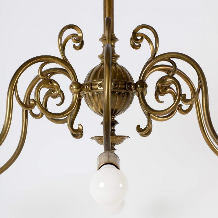 SIX ARM GAS CHANDELIER 5 Cooling & Cooling